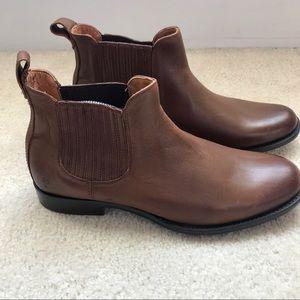 Frye Phillip Chelsea Men's Boot Plain Toe Leather